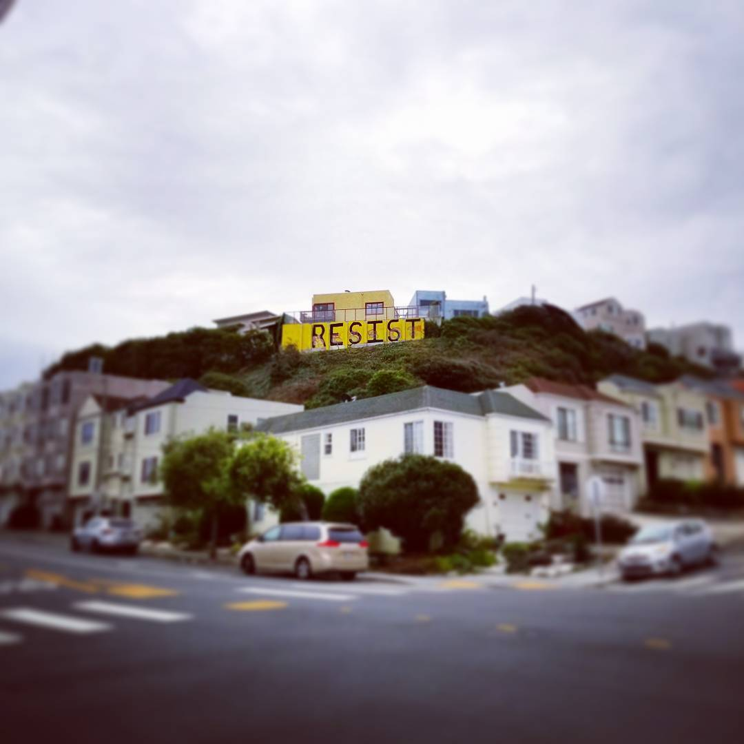 Keepin' it real in #TheSunset, #SF. #resist
