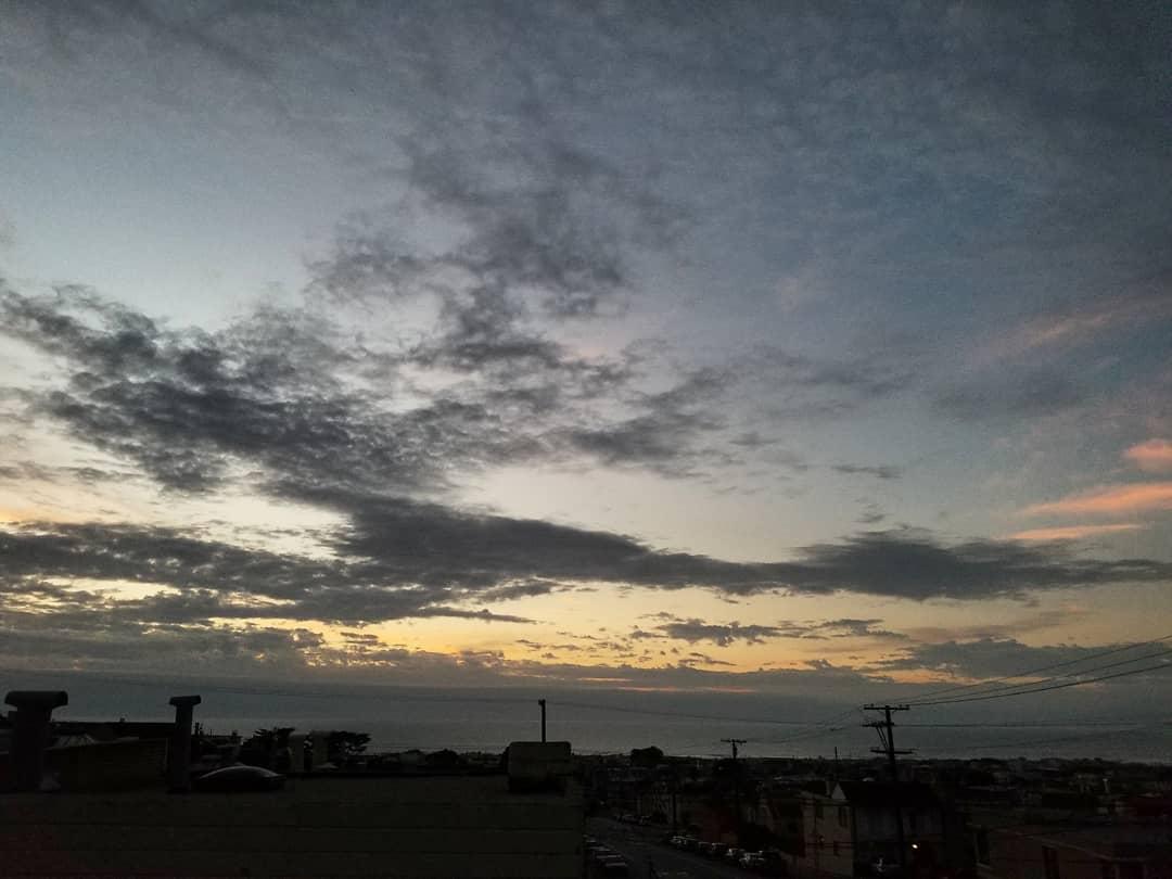 Final #sunset of 2017! 👀🎉🍻🍾