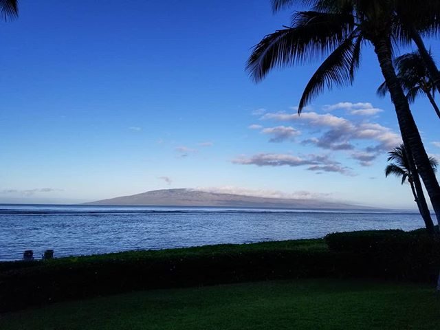 Good morning, #Maui! 🌴🏔️
