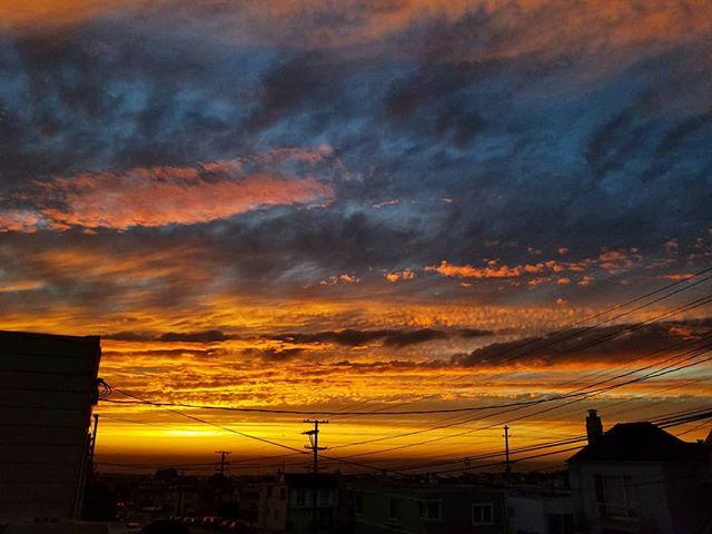 Last night's #sunset 🔥☁️